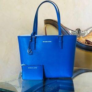 NWT Michael Kors Jet Set Handbag&key chain wallet
